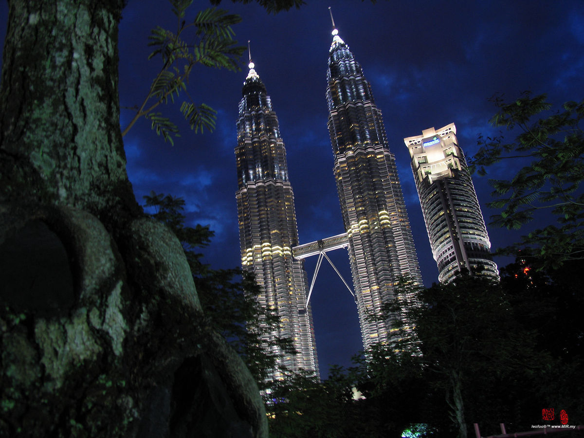 background of klcc Read real reviews, guaranteed best price special rates on hilton kuala lumpur in kuala lumpur, malaysia travel smarter with agodacom.