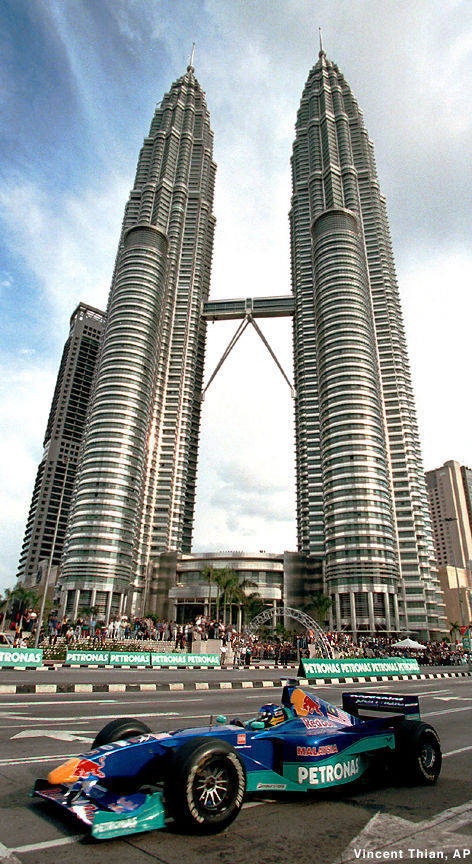 A great photo of Sauber_Petronas KLCC.jpg