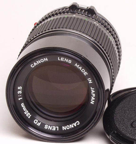 Canon FDn 135mm f/3.5 telephoto front